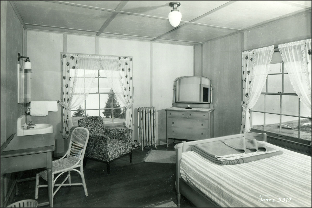 Guestroom - Historic